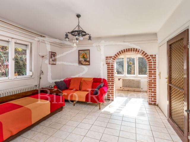 Eladó családi ház, Budapesten, XVII. kerületben, Ananász utcában