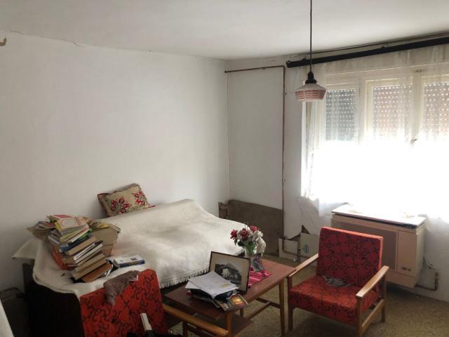 Eladó családi ház, Vésén 6.7 M Ft, 3 szobás