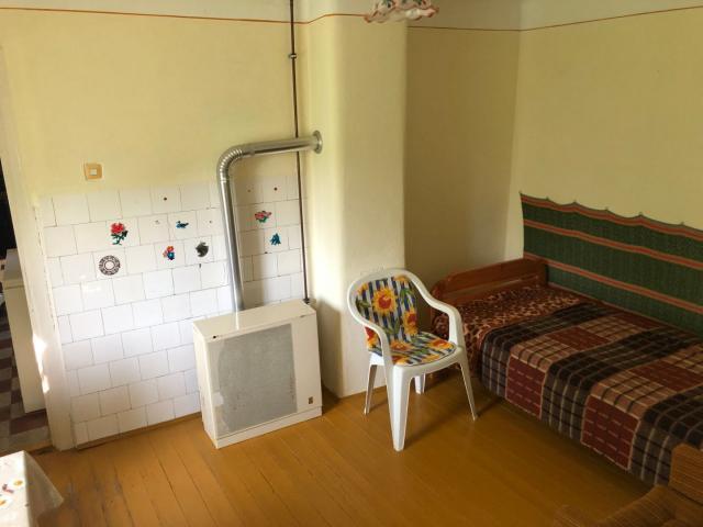 Eladó családi ház, Szőkedencsen 9.99 M Ft, 3 szobás