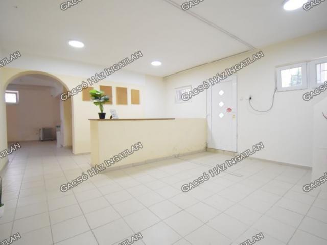 Kiadó iroda, Budapesten, XVI. kerületben 250 E Ft / hó, 2 szobás