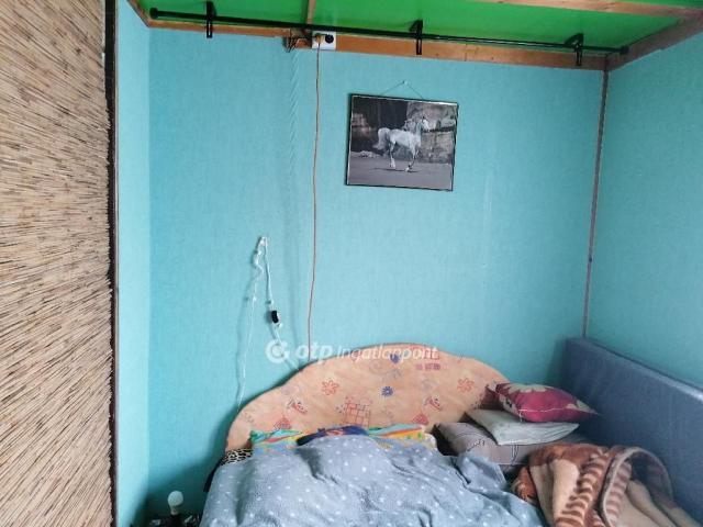 Eladó családi ház, Tóalmáson 6.9 M Ft, 1+1 szobás