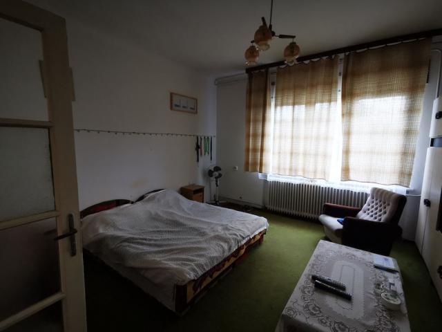 Eladó családi ház, Faddon 15 M Ft, 4 szobás