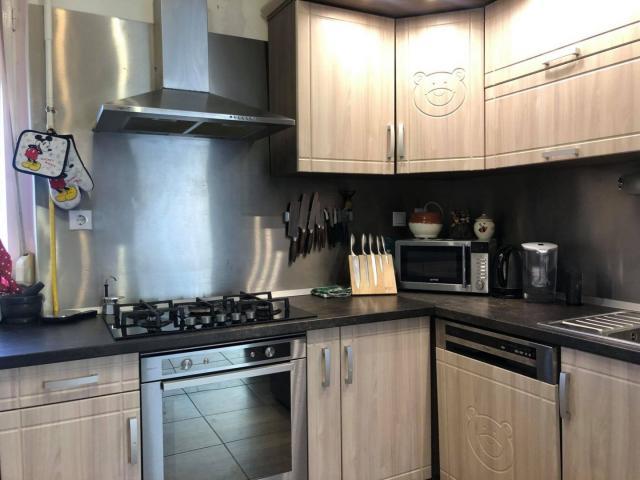 Eladó családi ház, Sárándon 23.99 M Ft, 2 szobás