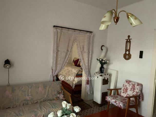 Eladó családi ház, Pétervásárán 16.5 M Ft, 4 szobás