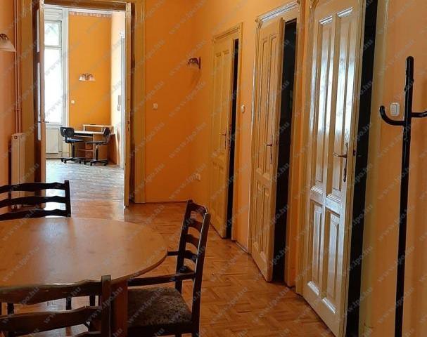 Eladó téglalakás, Budapesten, VIII. kerületben, József körúton
