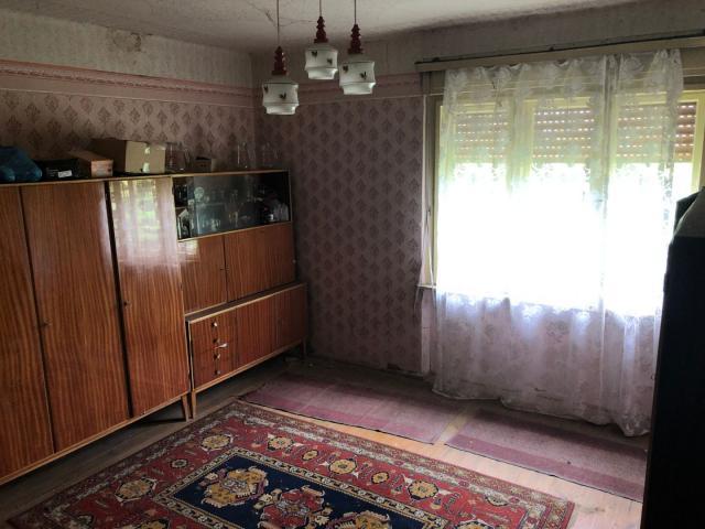 Eladó családi ház, Gadányban 4.99 M Ft, 4 szobás