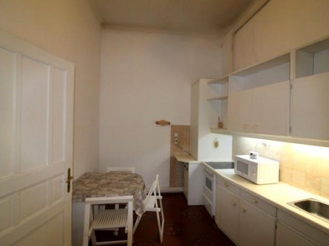 Eladó téglalakás, Budapesten, VI. kerületben 99.9 M Ft, 5 szobás