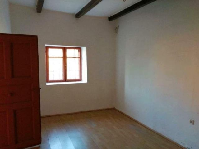 Eladó családi ház, Ároktőn 4.99 M Ft, 2 szobás