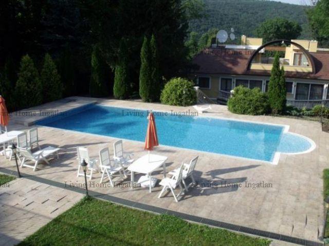 Eladó családi ház, Budapesten, II. kerületben 2700 M Ft