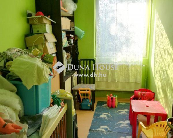 Eladó téglalakás, Alcsútdobozon 23.9 M Ft, 2+2 szobás