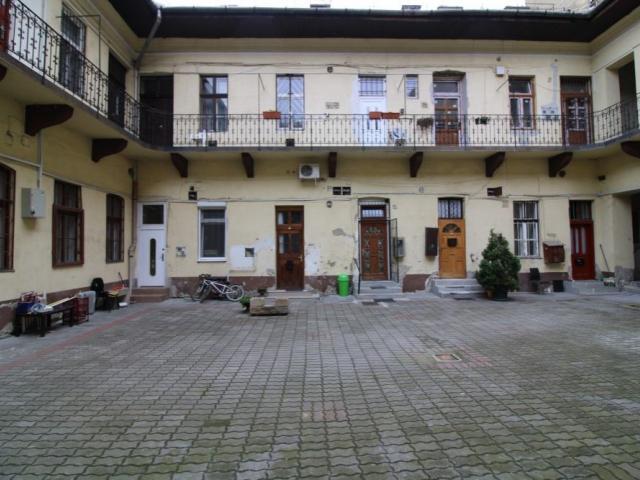Eladó téglalakás, Budapesten, VIII. kerületben 15 M Ft