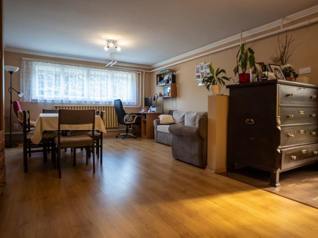 Eladó családi ház, Dányon 35.9 M Ft, 5+1 szobás