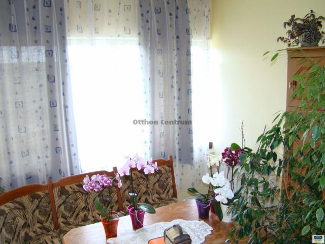 Eladó családi ház, Nyíregyházán 27.5 M Ft, 3 szobás
