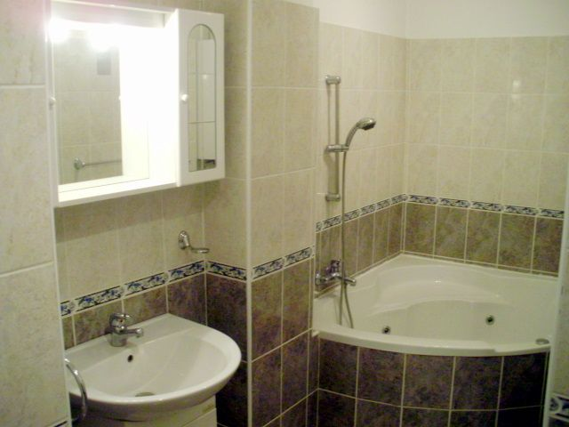 fürdőszoba Eladó Téglalakás XIII. kerület, Szent István park