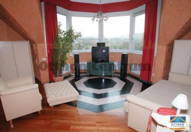 Eladó családi ház, Budapesten, II. kerületben 258 M Ft, 7 szobás