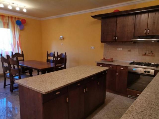 Eladó családi ház, Alsónémediben 85 M Ft, 4 szobás