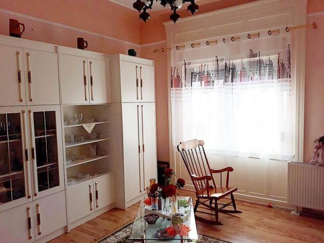Eladó családi ház, Budapesten, XX. kerületben 63 M Ft, 5 szobás