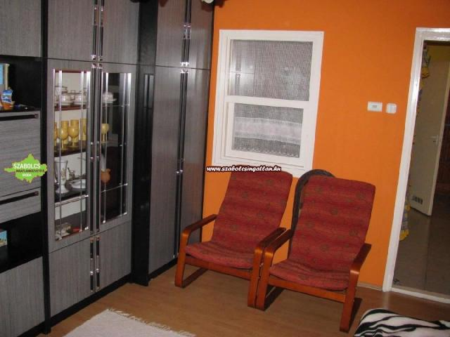 Eladó téglalakás, Nyíregyházán 14.9 M Ft, 1 szobás