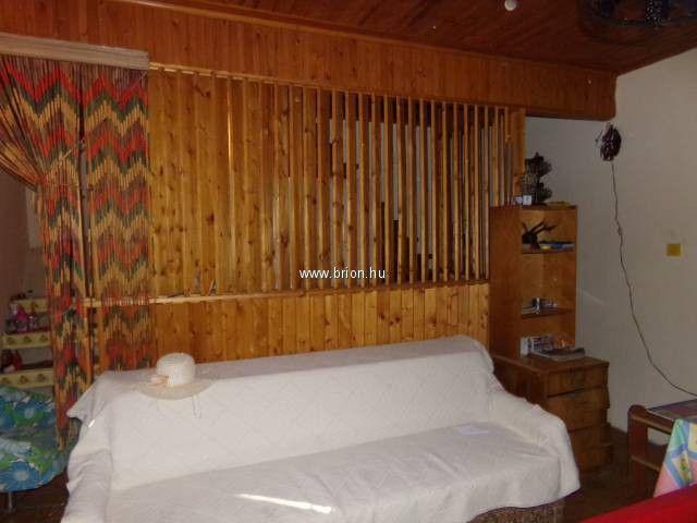 Eladó családi ház, Albertirsán 13.5 M Ft, 1+2 szobás