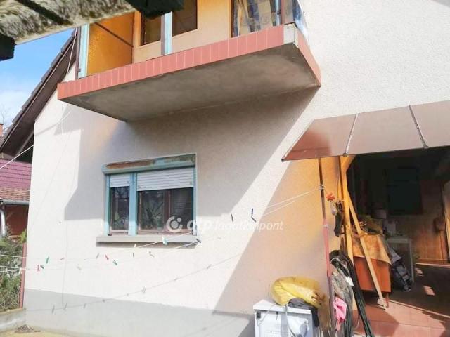 Eladó családi ház, Újszilváson 24 M Ft, 3+2 szobás