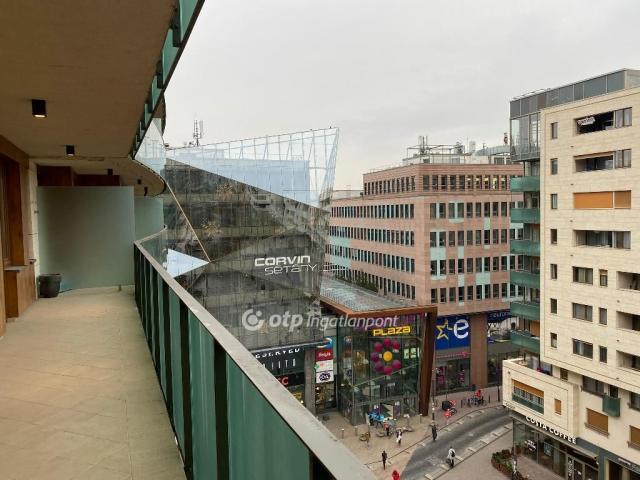 Eladó téglalakás, Budapesten, VIII. kerületben, Futó utcában