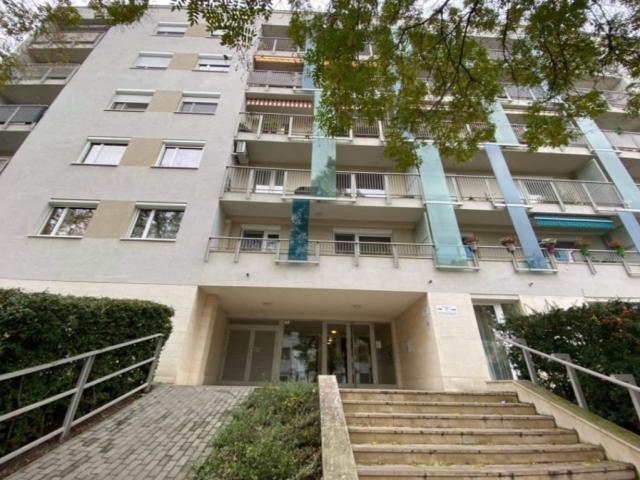 Eladó téglalakás, Budapesten, XIV. kerületben 43.9 M Ft