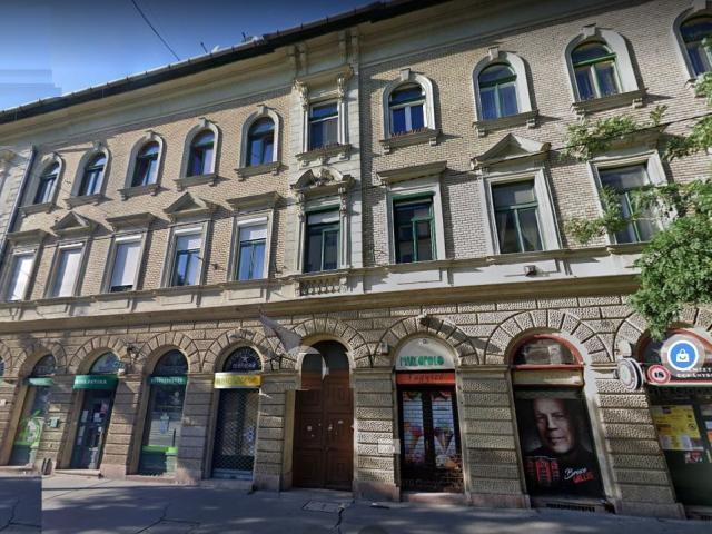 Eladó téglalakás, Budapesten, VIII. kerületben 24.999 M Ft