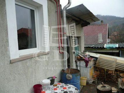 Eladó családi ház, Miskolcon 10.5 M Ft, 2 szobás