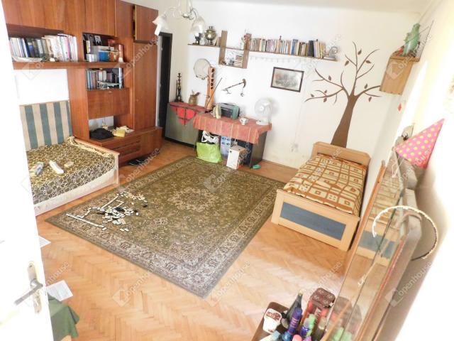 Eladó családi ház, Kompolton 8.9 M Ft, 3 szobás