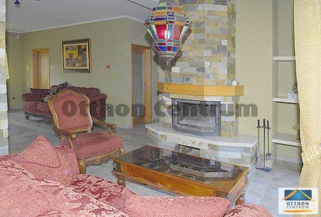 Eladó családi ház, Budapesten, II. kerületben 199 M Ft, 8 szobás
