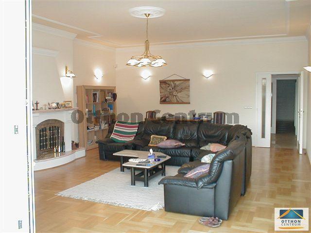 Eladó családi ház, Budapesten, II. kerületben 483.42 M Ft