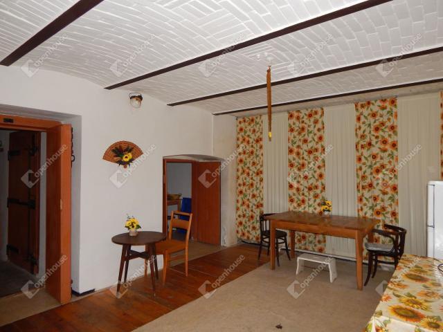 Eladó családi ház, Mátranovákon 42 M Ft, 6 szobás