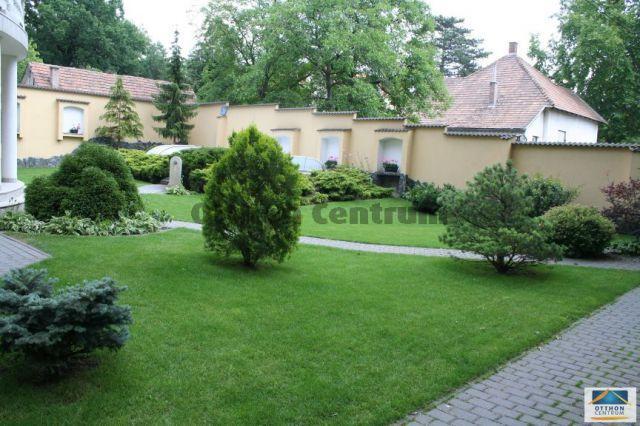 Eladó családi ház, Piliscsabán 216 M Ft, 5 szobás
