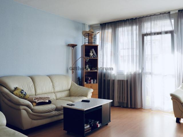 Eladó téglalakás, Zalaegerszegen 17.9 M Ft, 3 szobás