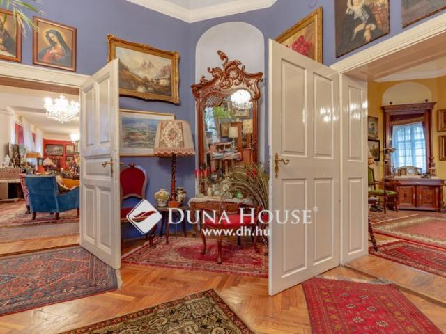 Eladó családi ház, Tamásiban 390 M Ft, 23 szobás