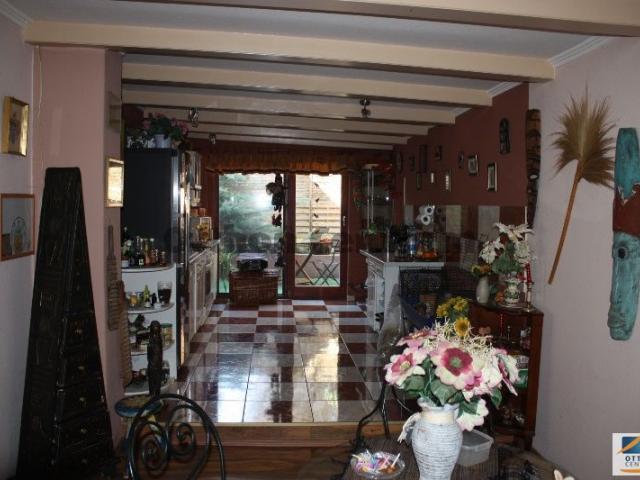 Eladó családi ház, Solymáron 86 M Ft, 5 szobás
