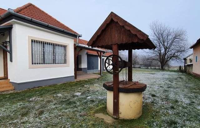 Eladó családi ház, Zalacsányon 28.5 M Ft, 2+1 szobás