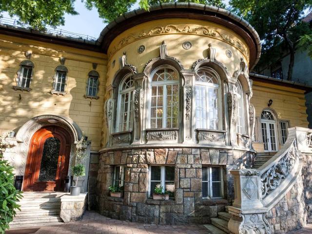 Eladó családi ház, Budapesten, VII. kerületben 980 M Ft