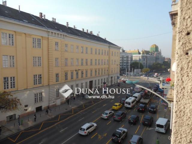 Eladó téglalakás, Budapesten, VIII. kerületben, Üllői úton