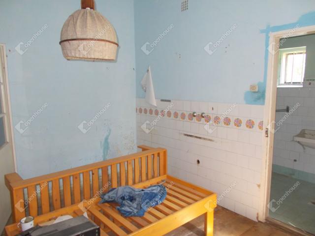 Eladó családi ház, Mesterin 7.5 M Ft, 4 szobás