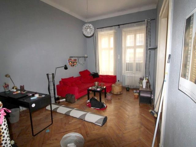 Eladó téglalakás, Budapesten, VI. kerületben 44.9 M Ft