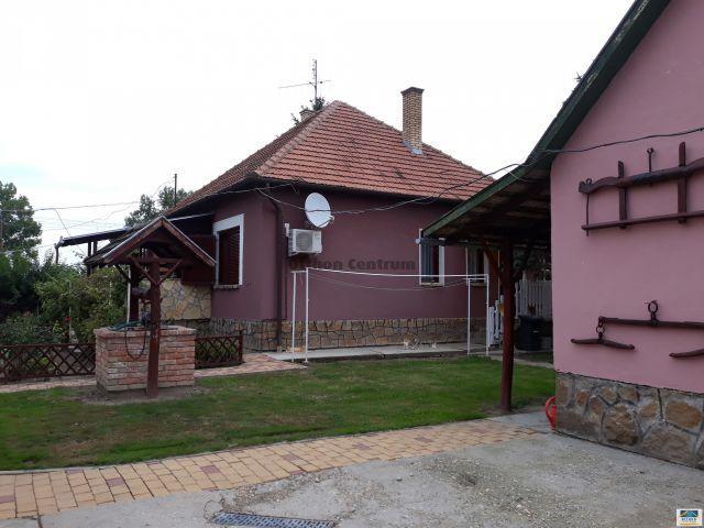 Eladó családi ház, Sarkadon, Cukorgyári úton 15.5 M Ft
