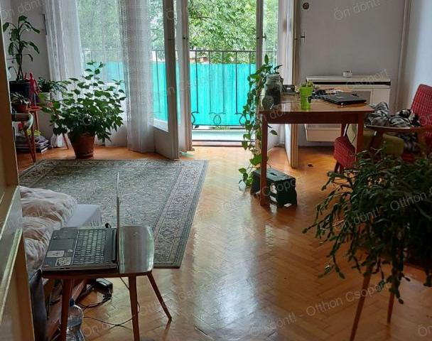Eladó téglalakás, Budapesten, VIII. kerületben 56.99 M Ft