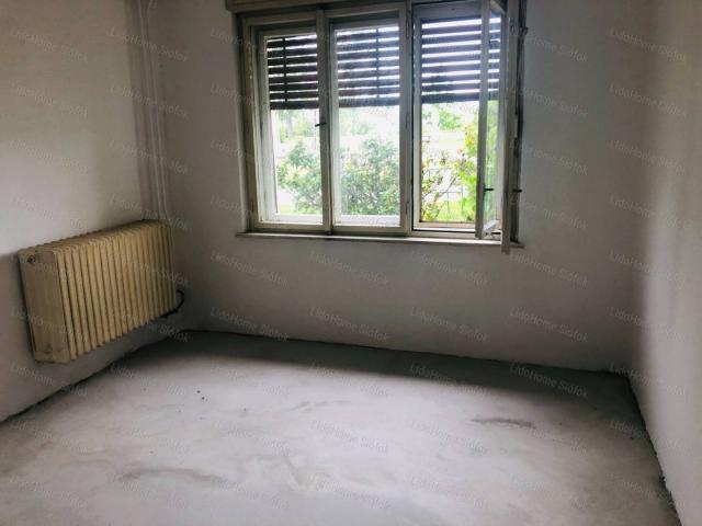 Eladó családi ház, Ádándon 17.99 M Ft, 3 szobás