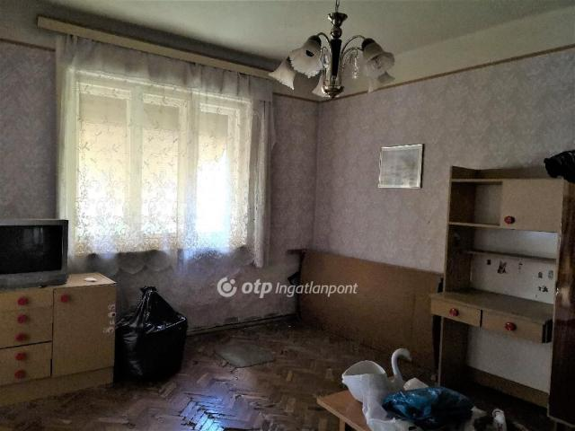 Eladó családi ház, Békésszentandráson 7.45 M Ft, 2 szobás