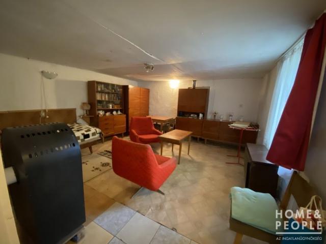 Eladó családi ház, Algyőn 22 M Ft, 1+1 szobás