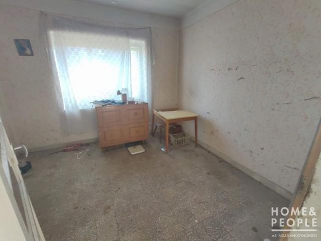 Eladó családi ház, Ásotthalmán 9.9 M Ft, 2+1 szobás