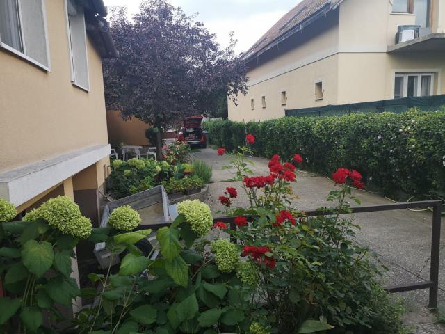 Eladó családi ház, Érden 63.9 M Ft, 6 szobás