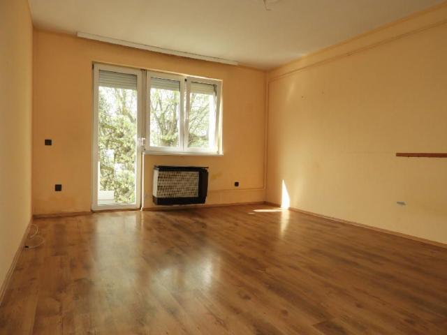 Eladó téglalakás, Nagykanizsán 11.99 M Ft, 2 szobás