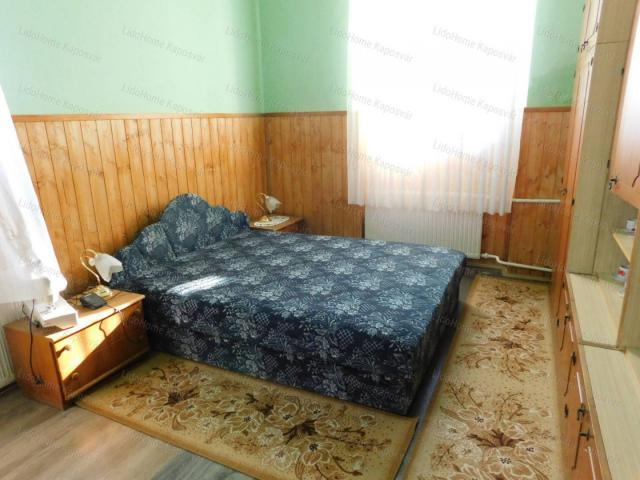 Eladó családi ház, Kadarkúton 39 M Ft, 7 szobás